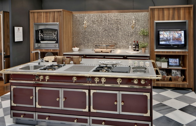 la cornue chateau cooktop chateau cabinetry and flamberge rotisserie traditional cooktops. Black Bedroom Furniture Sets. Home Design Ideas