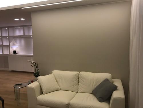 Come decorare la parete dietro il divano - Decorare parete dietro divano ...