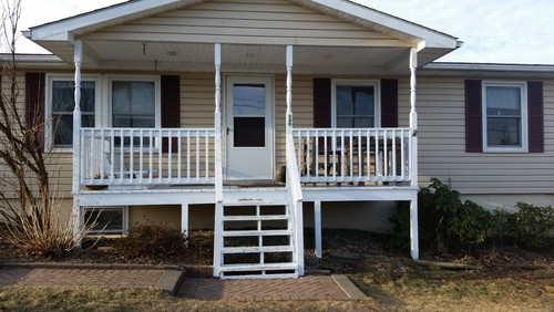 The Front Porch And Steps Were Repainted When The House Was Put On The  Market. We Bought It In Sept 2013 And Have Struggled With The Front
