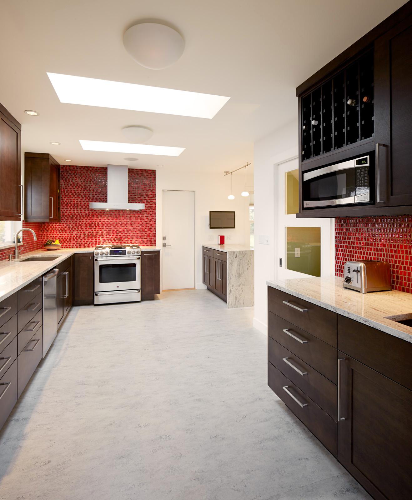 View Ridge Kitchen & Entry