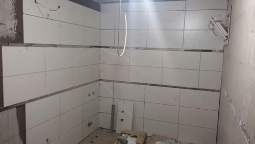Bad Tiling for bathroom