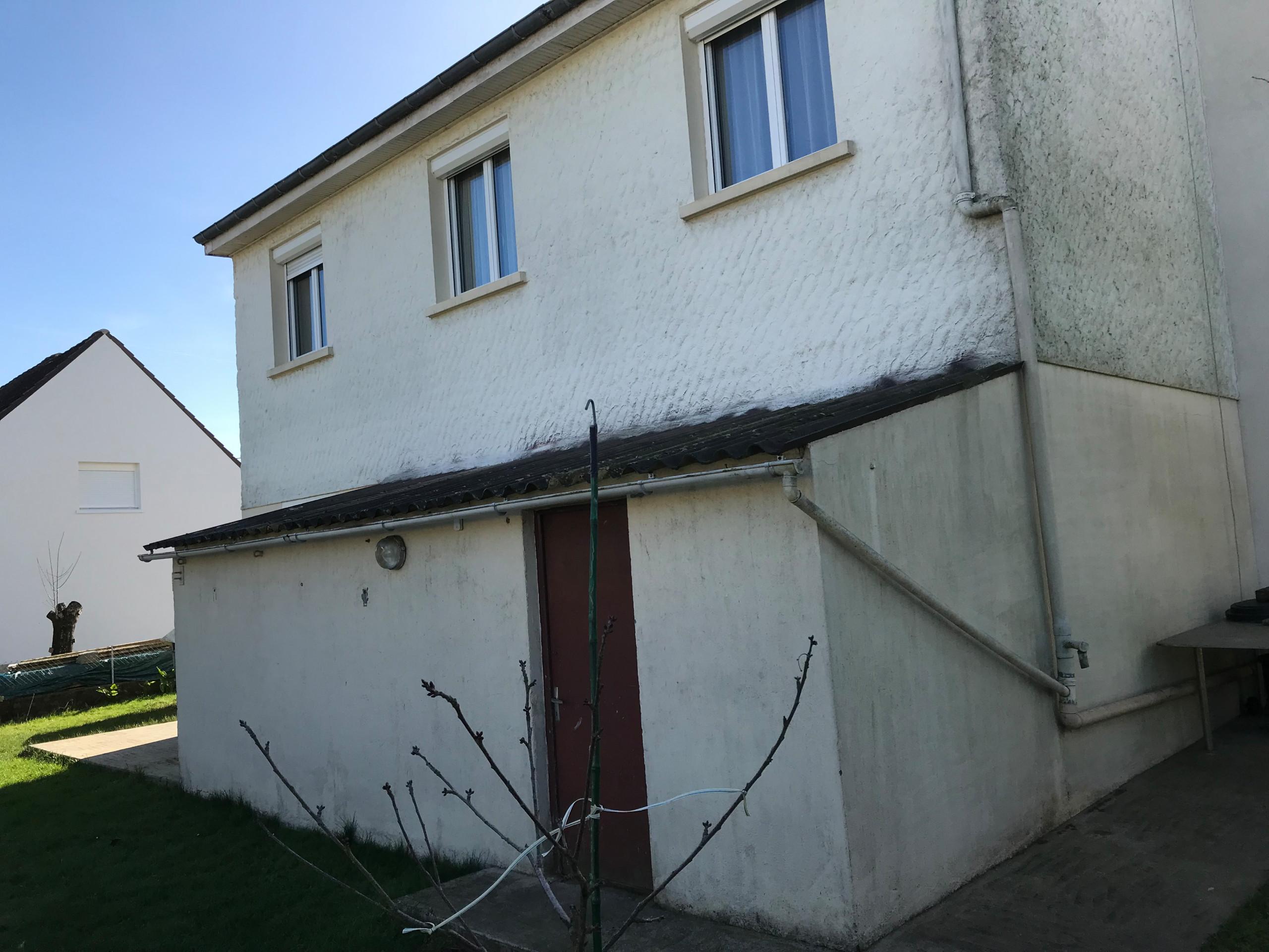 Isolation thermique par l'extérieur d'une maison individuelle