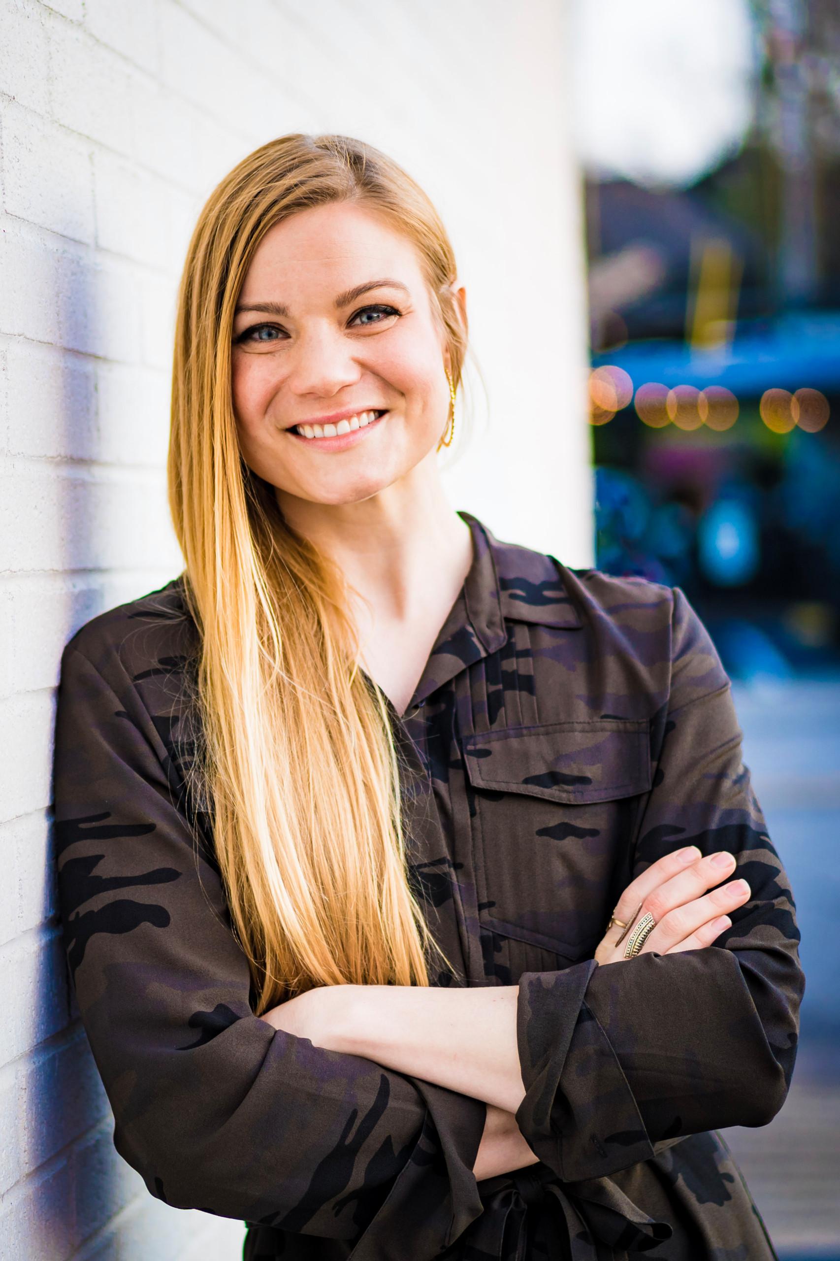 Becky Rose Grinwald Headshot