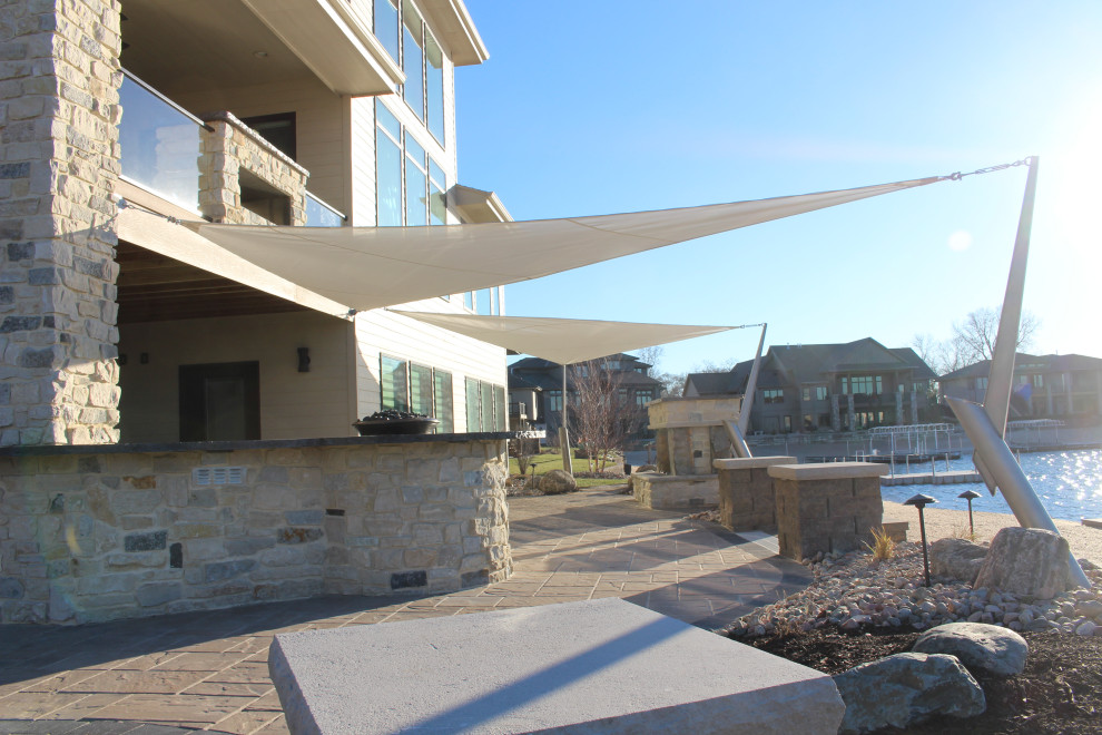 Trendy home design photo in Omaha