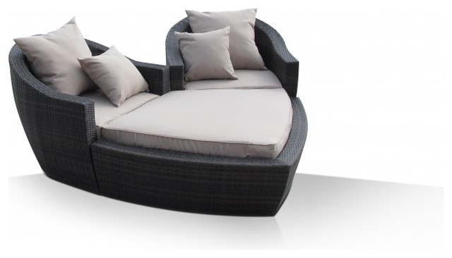Maze Rattan Heart Daybed