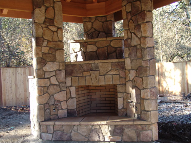 Outdoor Fireplace With Bbq Grill And Pizza Oven Portland By