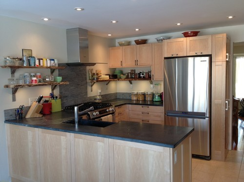 for kitchen green cream walls pictures cabinets