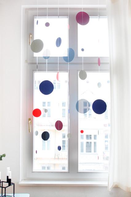 Faschingsdeko Ein Neckischer Punktevorhang Als Fensterdeko
