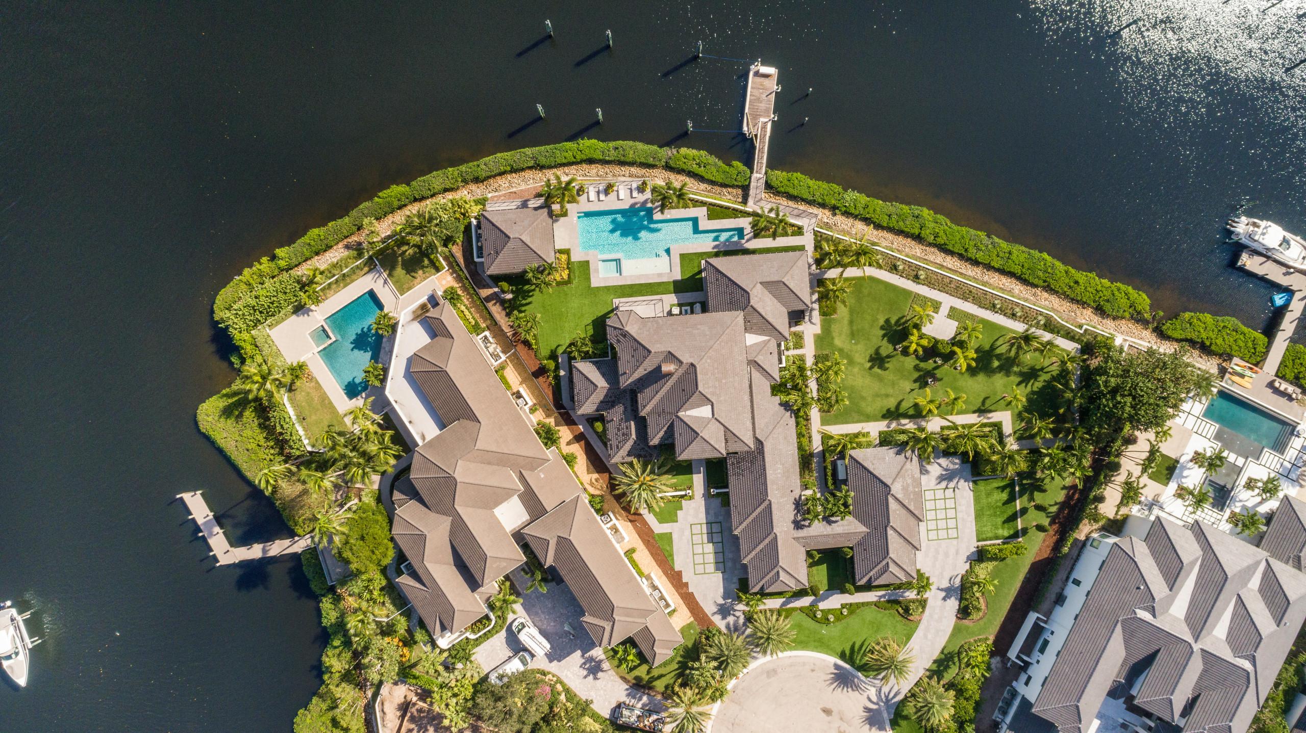 Admirals Cove: Contemporary Remodel