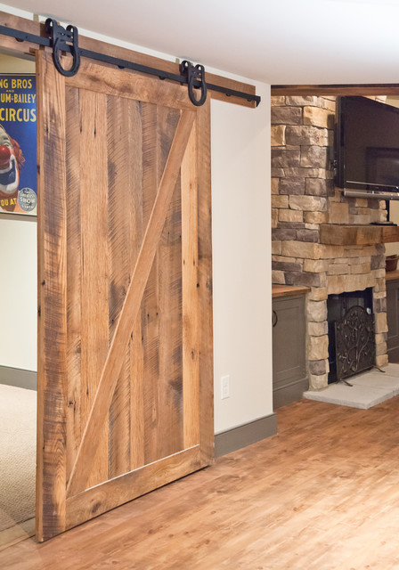 Reclaimed wood projects for Recycled interior doors