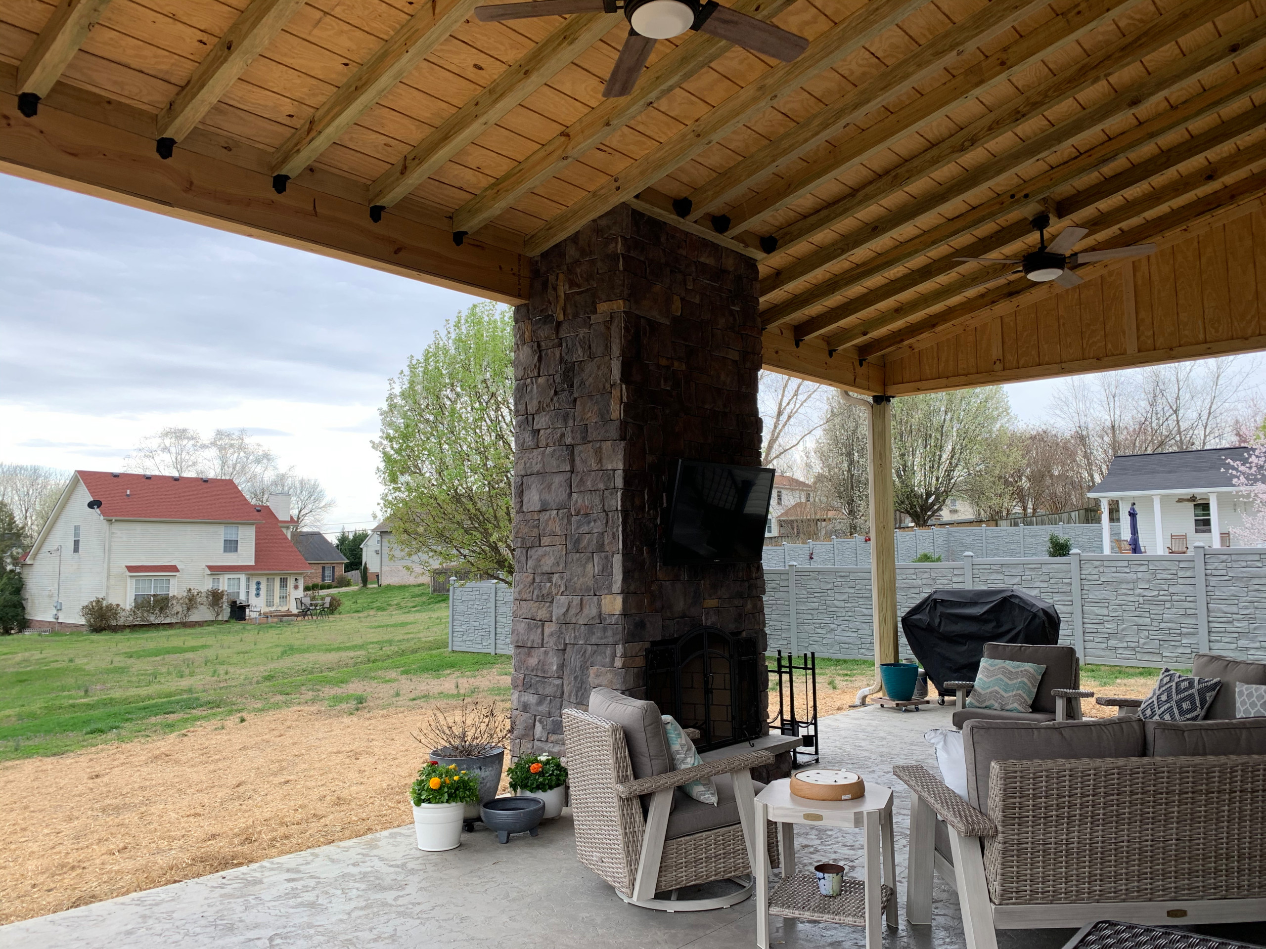 Shed roof Patio w/fireplace