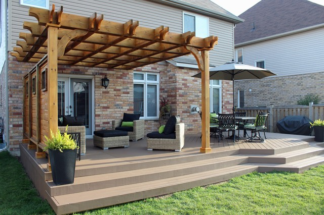 Pergola and deck extension with privacy screen for Backyard patio extension ideas
