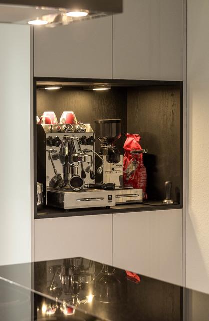 k che a detail regal f r kaffeemaschine. Black Bedroom Furniture Sets. Home Design Ideas