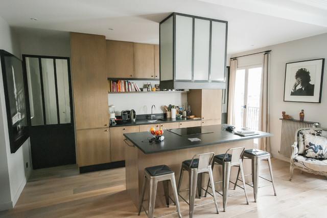 hotte d corative en m tal et verre arm industriel cuisine paris par les ateliers du 4. Black Bedroom Furniture Sets. Home Design Ideas