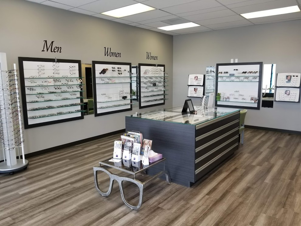 Commercial Cabinets- Eye Doctor