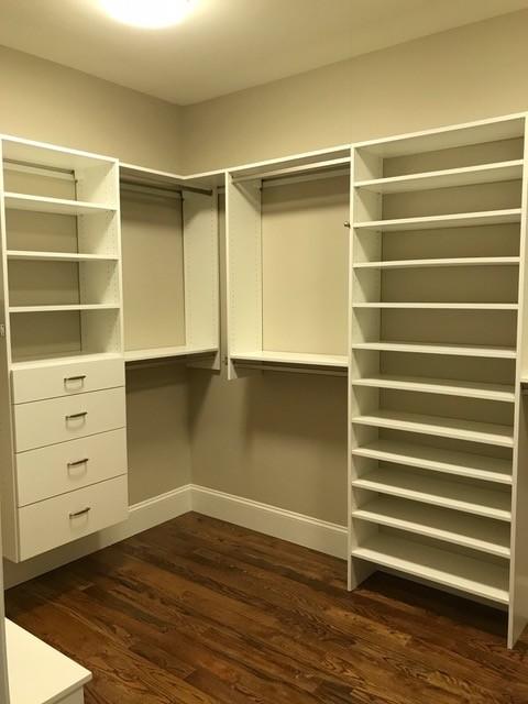 Walk-in Closet & Pantry in Taylors, SC