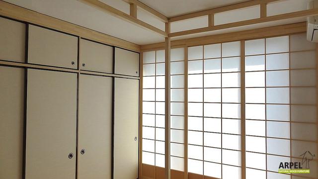 Armadio con ante Fusuma e parete scorrevole Shoji per camera da ...