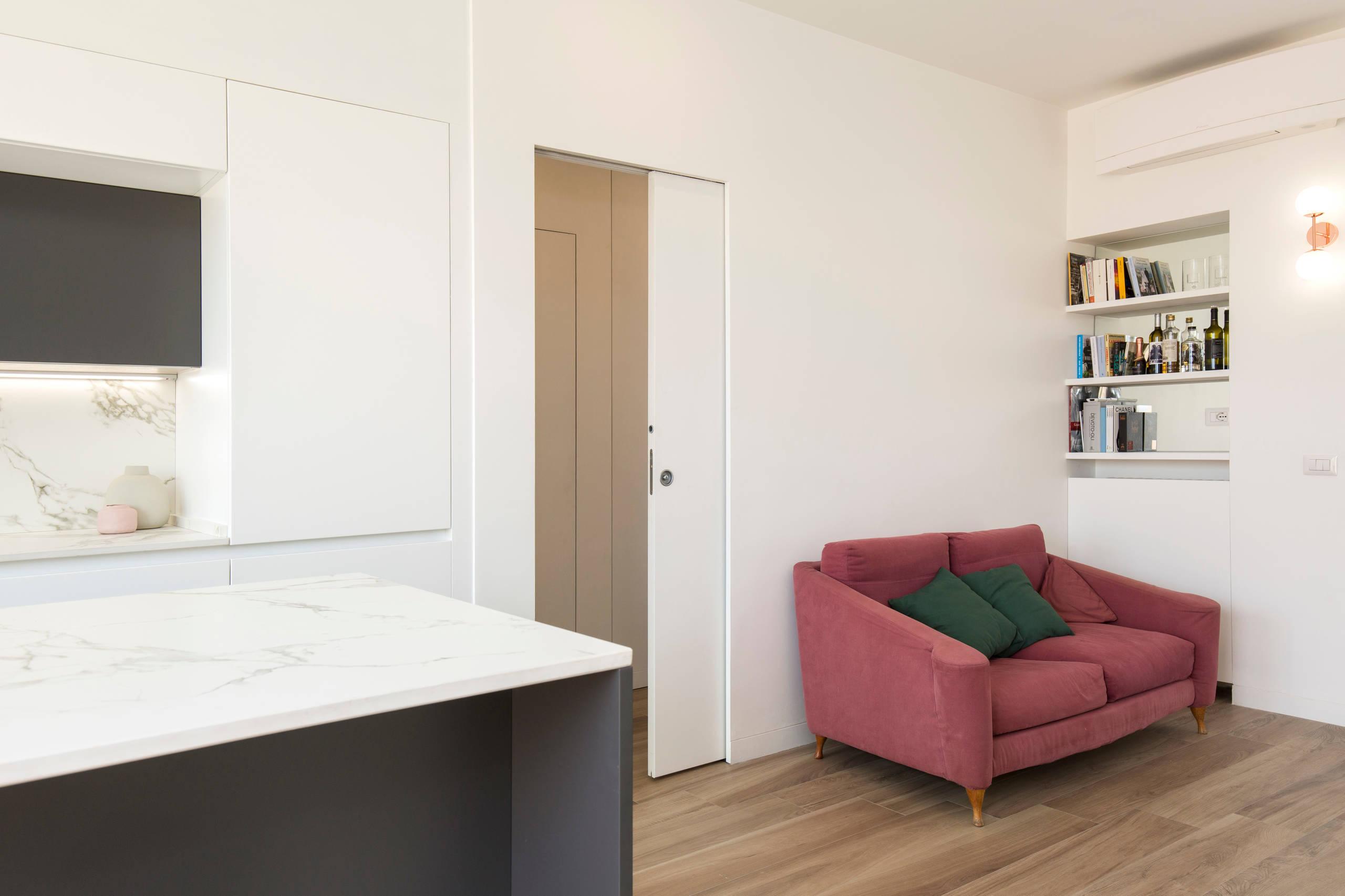 Due attici ricavati frazionando un appartamento duplex