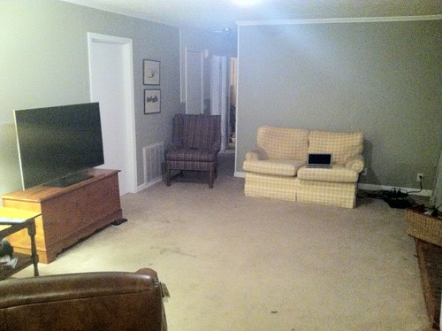 Small odd shaped den and furniture placement