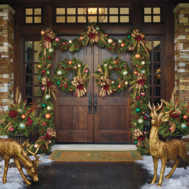 Florist's Choice Designer Front Door - Frontgate Christmas Decor
