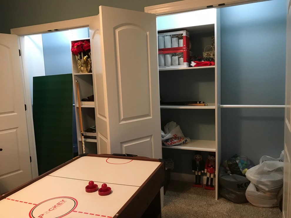 Finished Basement Bedroom-Playroom with custom closets built in