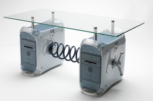 Superb Recycled Electronics: Table
