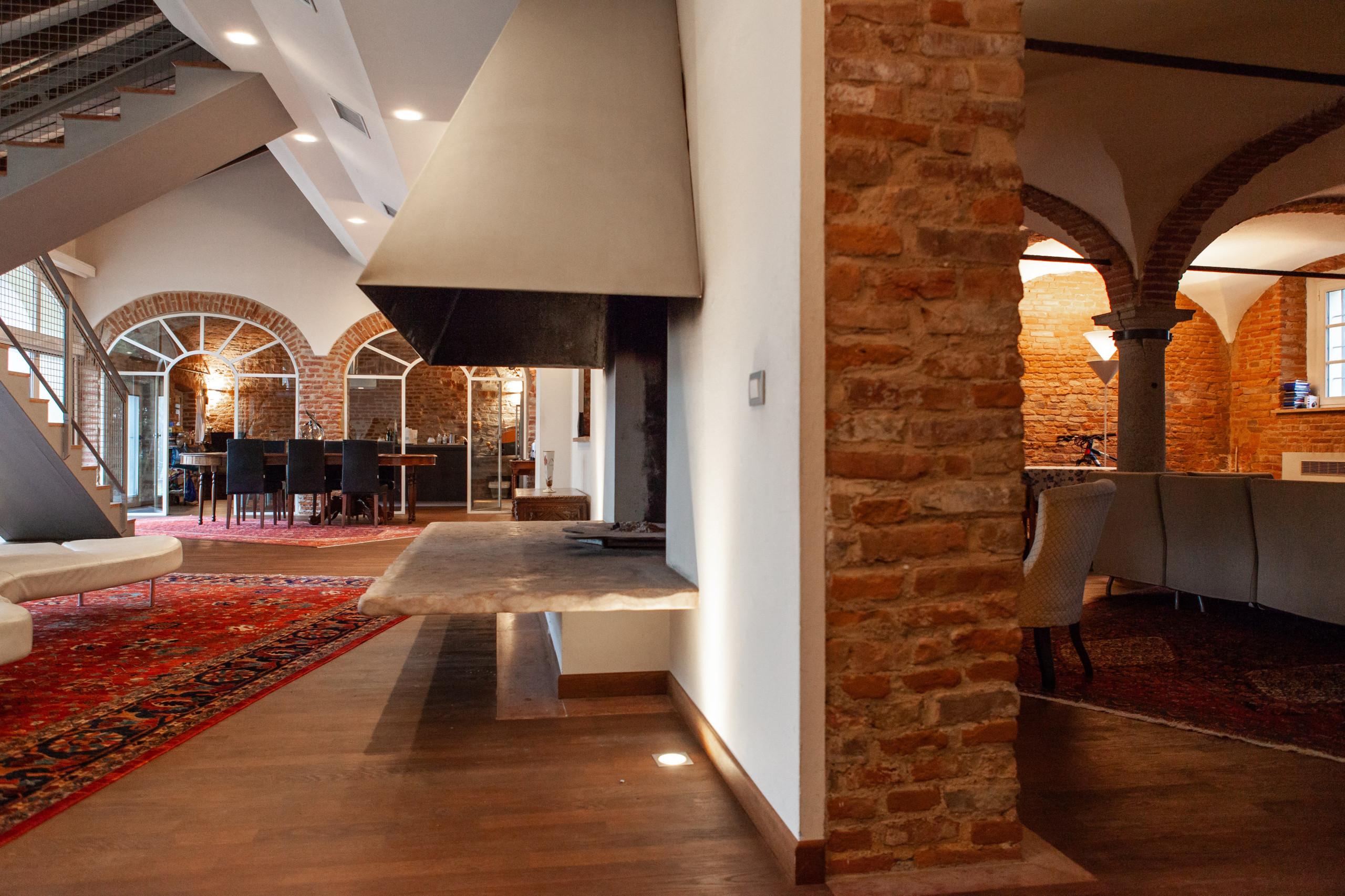 Una villa in città | Ristrutturazione completa 250 mq