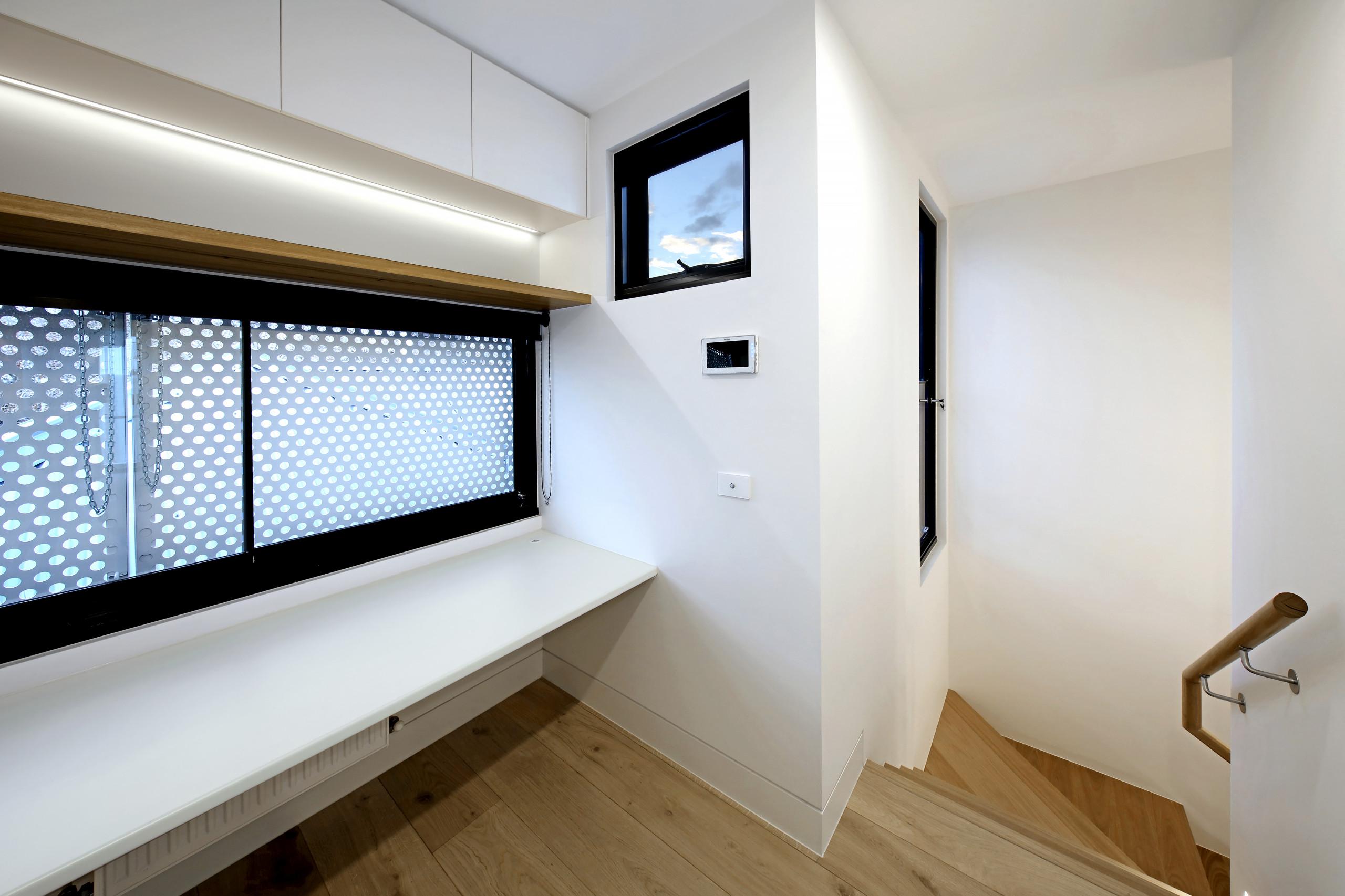 Modernised Terrace Home - Prahan