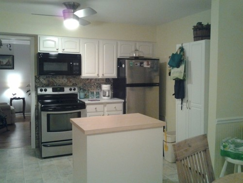 i have sw dover white color kitchen cabinets what color for walls