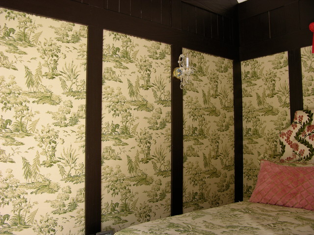 Girl bedroom with upholstered wall panels