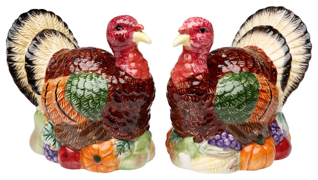 Turkey Salt And Pepper Shakers, Set Of 2.