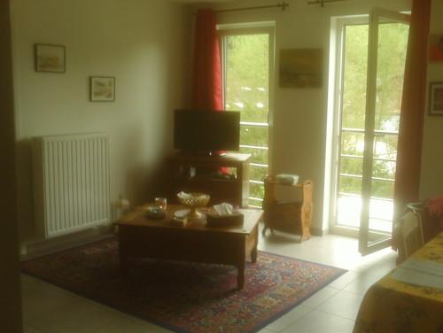 peinture pour mon salon. Black Bedroom Furniture Sets. Home Design Ideas