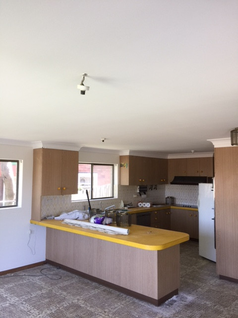 Interior/Exterior paint and repair Maroubra house