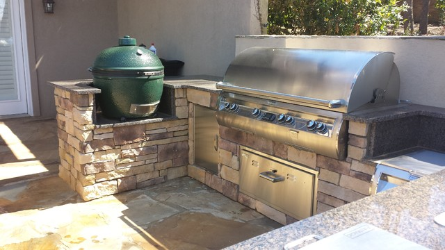 Atlanta Outdoor Kitchen W Big Green Egg Firemagic Grill Traditional Atlanta By The