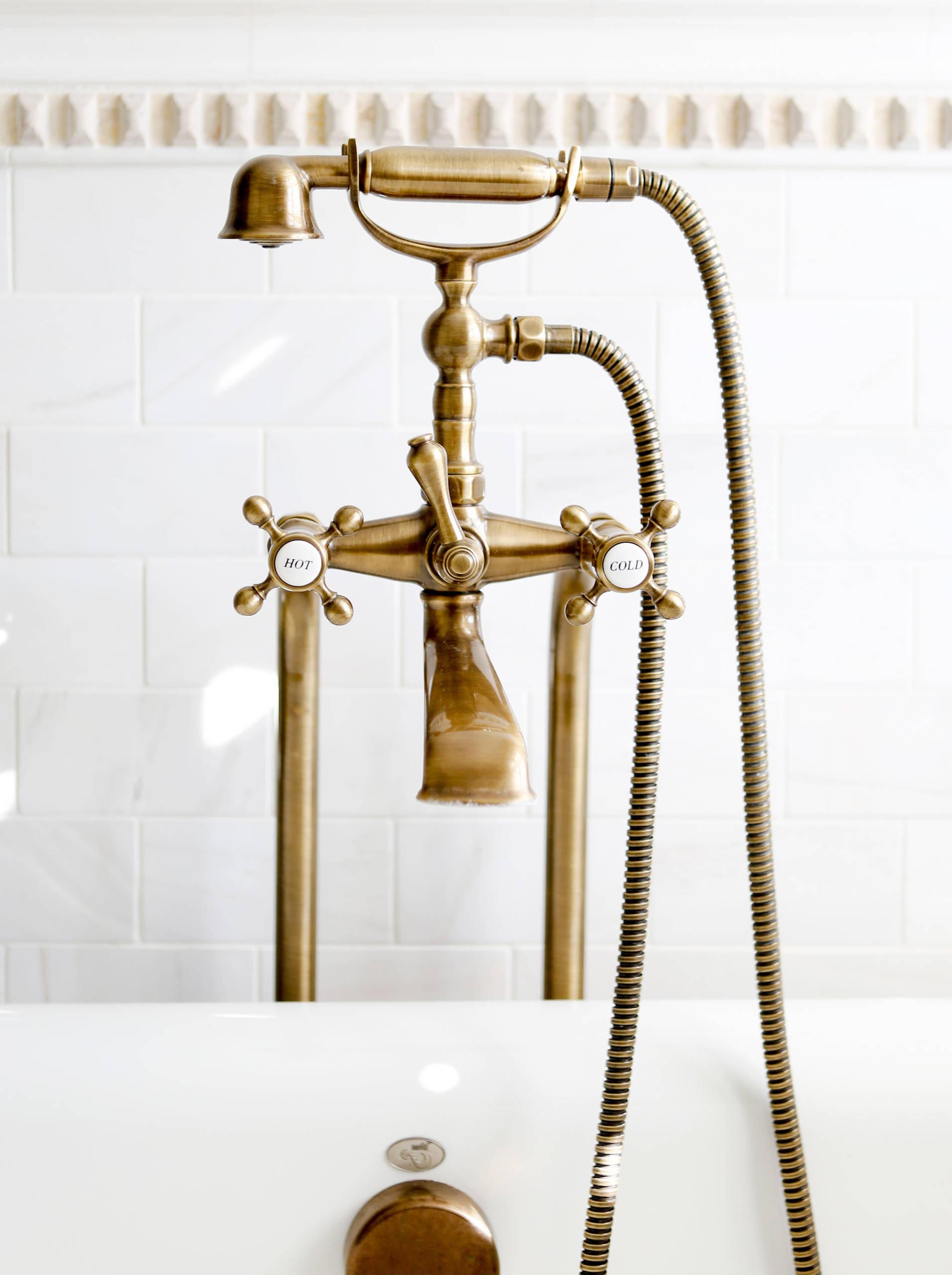 Brass Floor Mounted Faucet