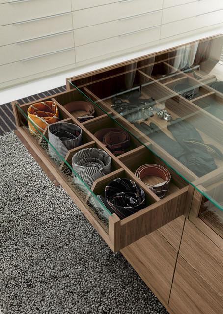 Nicchia Open Wardrobe modern-closet