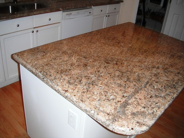 white kitchen cabinets with new venetian gold granite 8 20 12 new venetian gold granite with white cabinets 29036