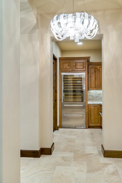 hallway to dinning room mediterran flur san. Black Bedroom Furniture Sets. Home Design Ideas