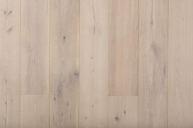 Royal Sovereign European Oak Hardwood Flooring Traditional