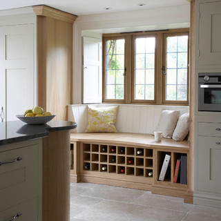 Lovely Hutchinson Furniture And Interiors   Chipping Norton, Warwickshire, UK CV36  5JL