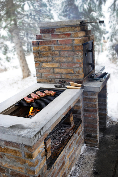 did you build the brick frame of smoker/bbq first, then ...