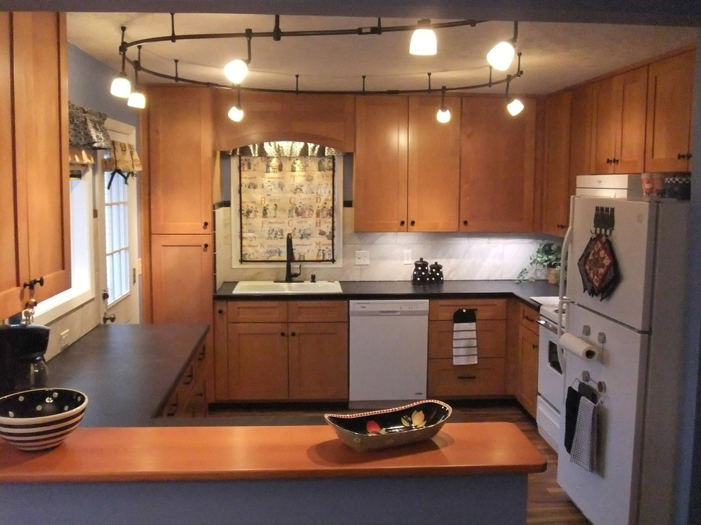 Inspiration for a mid-sized transitional home design remodel in Omaha