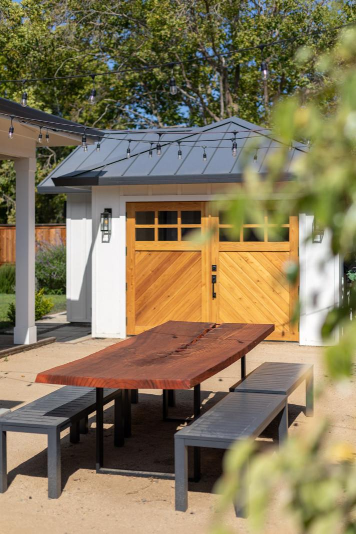 Sycamore Park Farmhouse Modern Accessory Dwelling / ADU