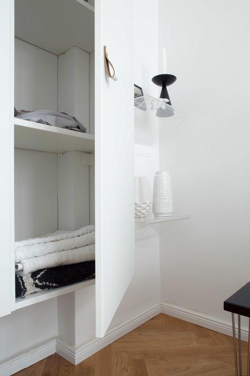 Organiza tus armarios peque os para aprovechar el espacio - Armarios espacios pequenos ...