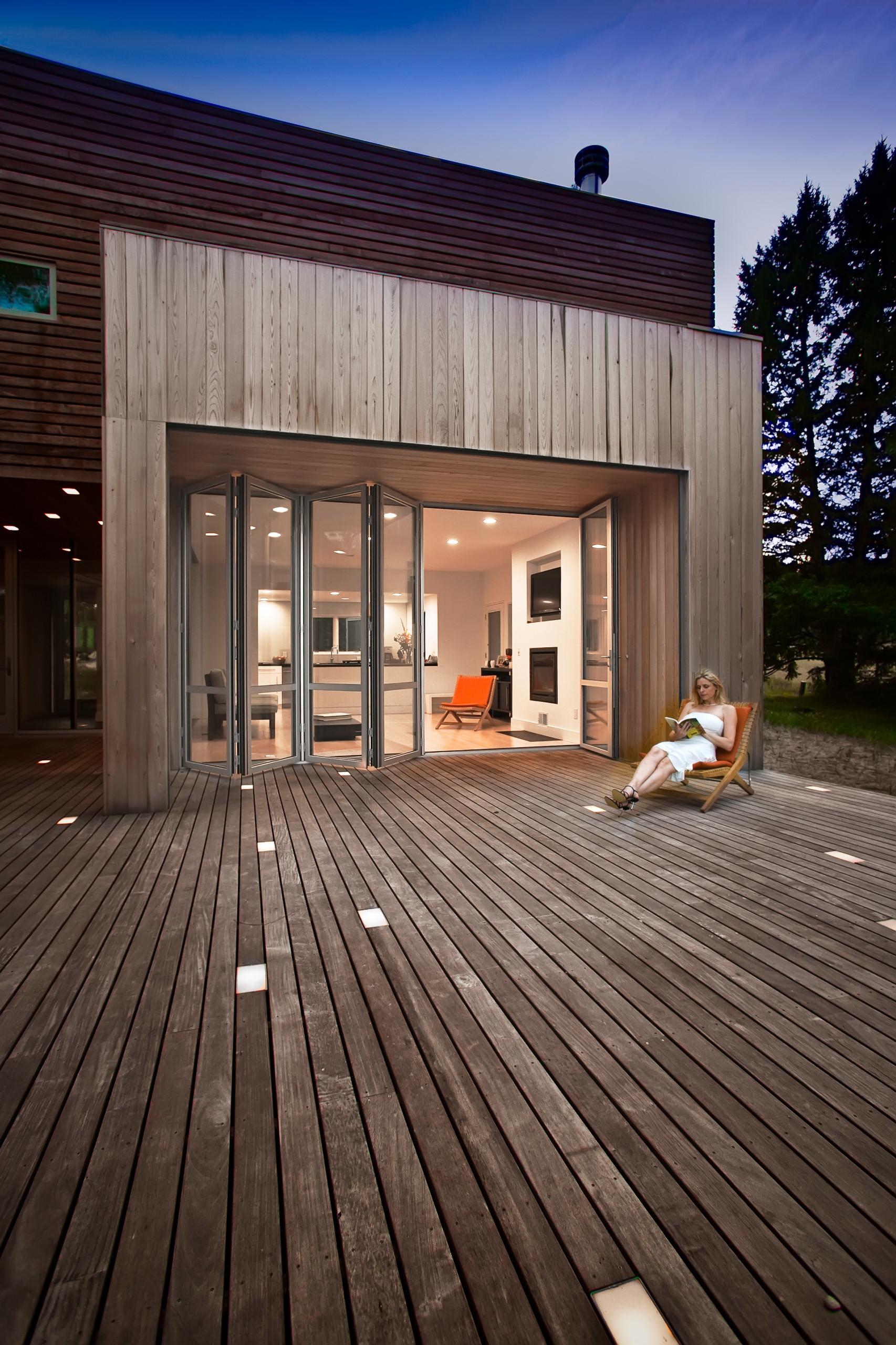 Michigan Lake House - LEED