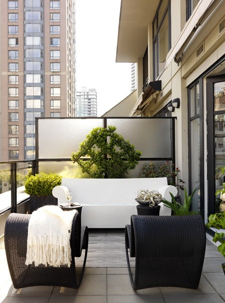 Photo Gallery: Beautiful Balcony Decorating