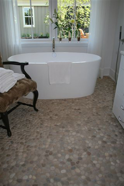 Island Stone Pebble Bathroom Floor