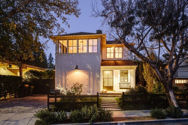 Mill Valley, Casual Elegance