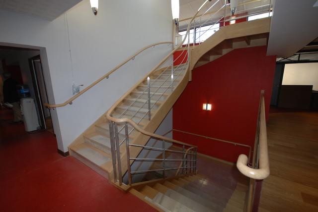 ch ne massif et inox pour 2 escaliers superpos s d 39 une tude notariale moderne rennes par. Black Bedroom Furniture Sets. Home Design Ideas