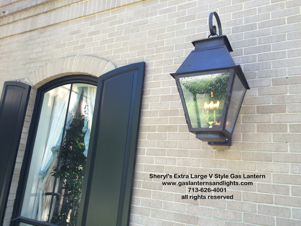 Sheryl's Traditional Style Gas and Electric Lanterns